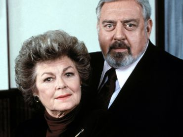 Four of the six Perry Mason mysteries in the latest Perry Mason Movie Collection were made after the death of actor Raymond Burr in 1993. Yes, the popular TV movies […]